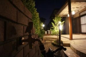 花香るロマンチックな夜のお庭 草津市