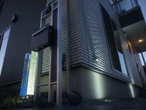 魅惑の輝きクリスタルガラスの柱 Gロッド 東近江市