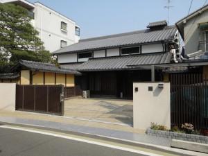 風格のある和の佇まいに調和したクローズ外構 京都市