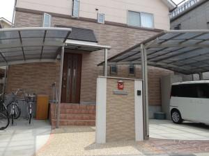 お住いの外壁と相性ピッタリの門柱 大津市