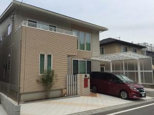 総タイル貼りの駐車スペース 大津市