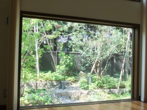 暮らしに溶け込む緑のお庭 草津市