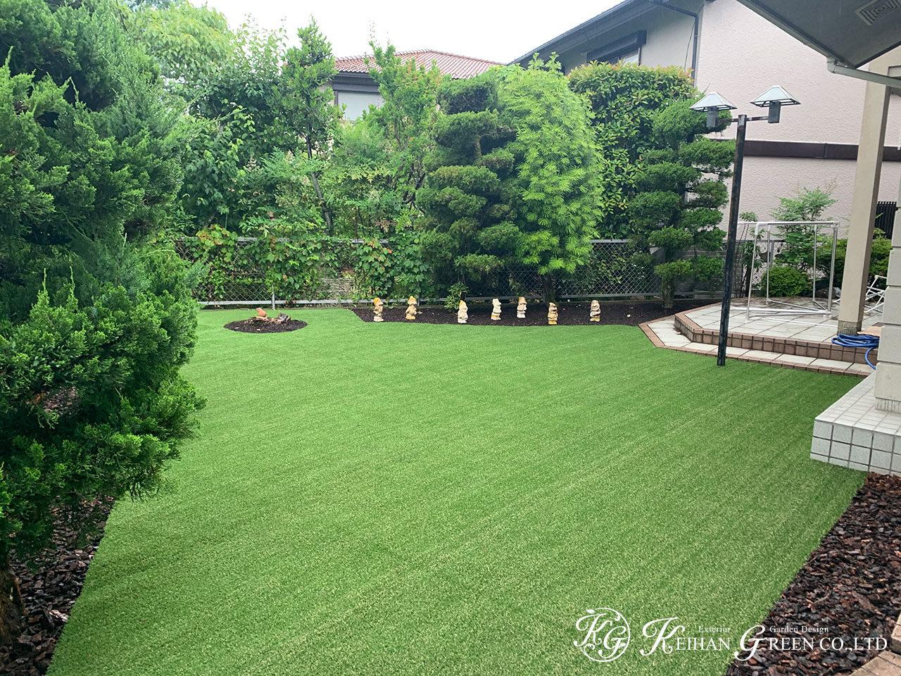 人工芝とマルチングで雑草対策もバッチリ 大津市