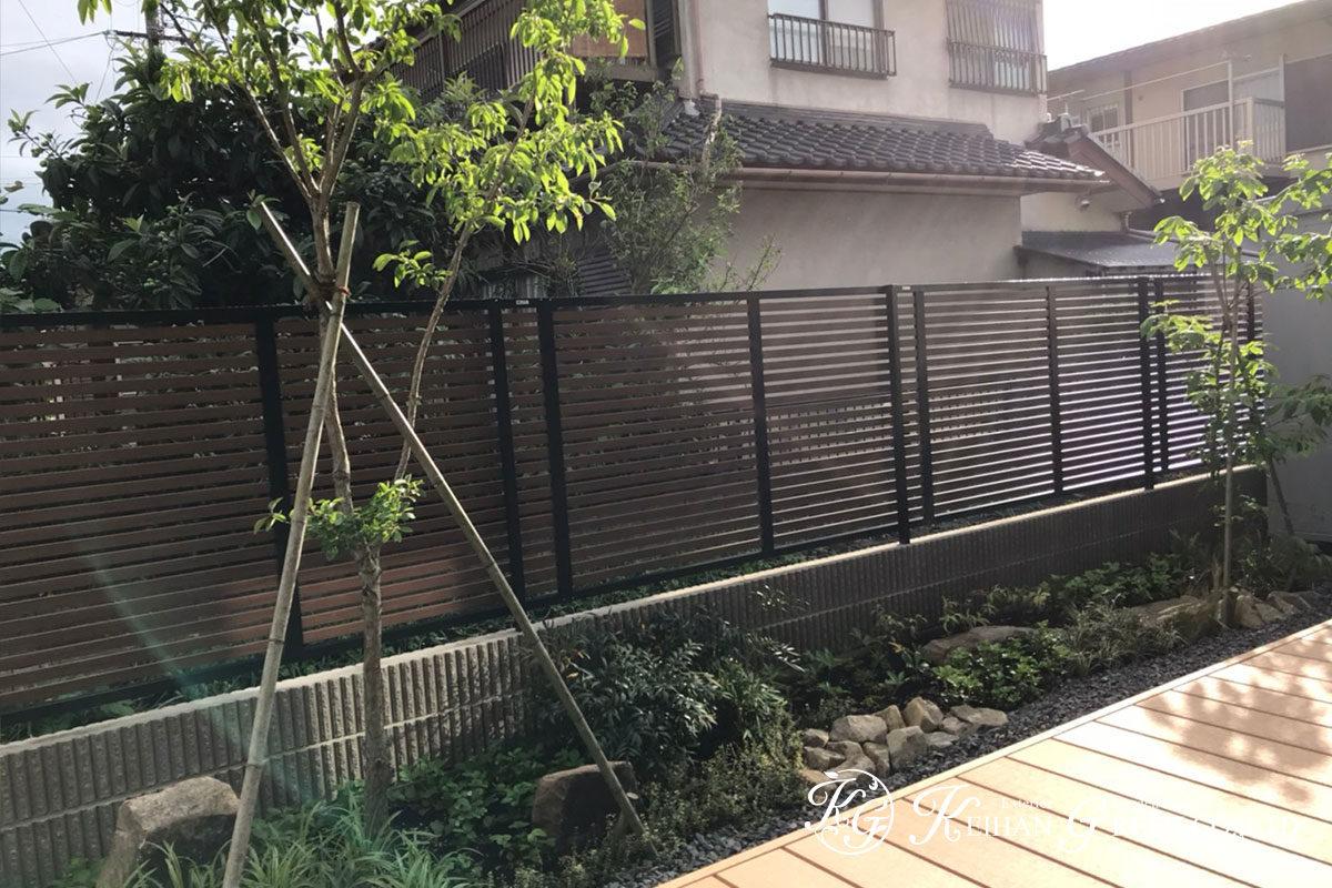 リビングから一続きに。緑と風を感じられる庭 彦根市